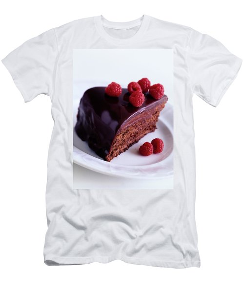 A Chocolate Pecan Cake With Raspberries On Top Men's T-Shirt (Athletic Fit)