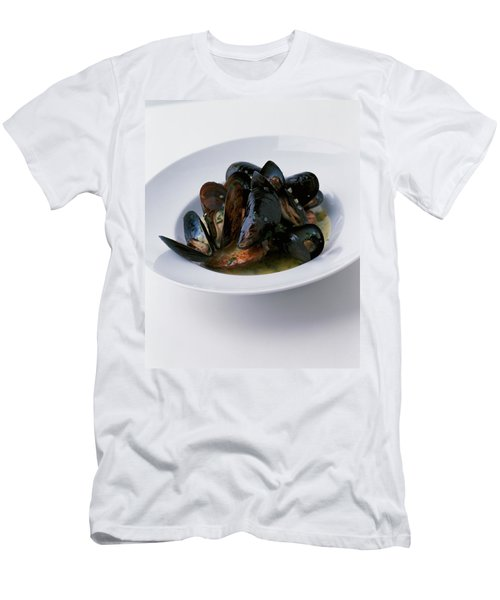 A Dish Of Mussels Men's T-Shirt (Athletic Fit)