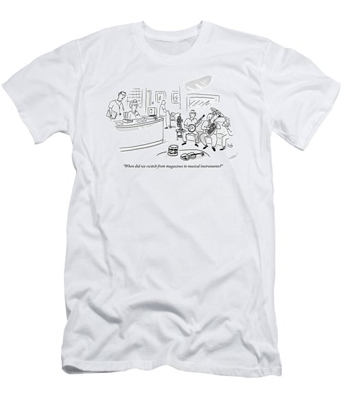 A Doctor Talks To A Receptionist At His Office Men's T-Shirt (Athletic Fit)
