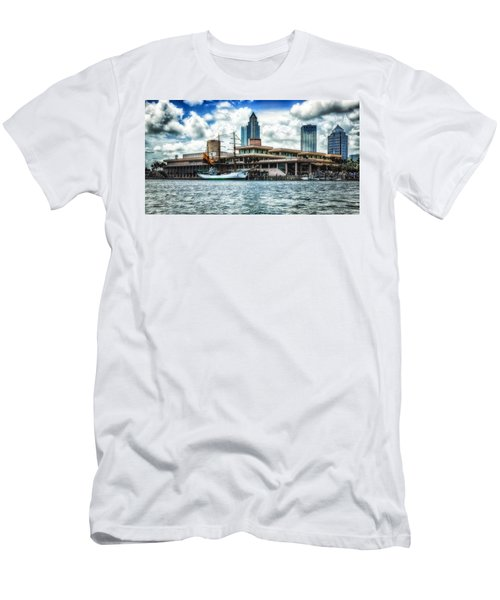 Arc Gloria In Port In Hdr Men's T-Shirt (Athletic Fit)