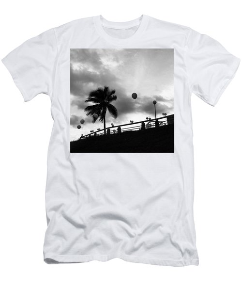 Balloons And Palms, Singapore Men's T-Shirt (Athletic Fit)