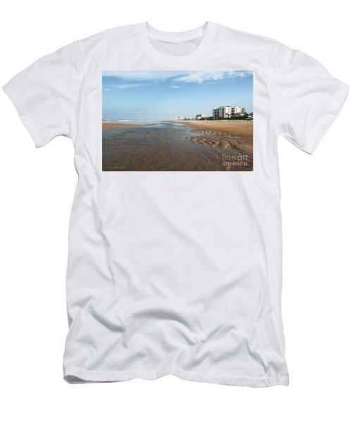 Beach Vista Men's T-Shirt (Athletic Fit)