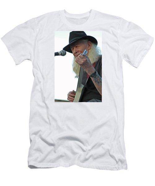 Bluesman Johnny Winter Men's T-Shirt (Slim Fit) by Mike Martin