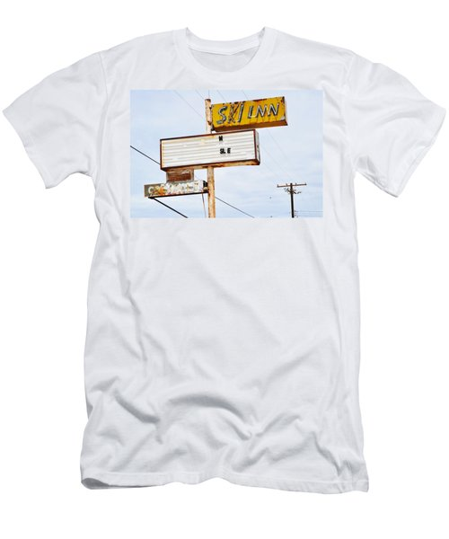 Bombay Beach Abandoned Ski Inn Men's T-Shirt (Athletic Fit)