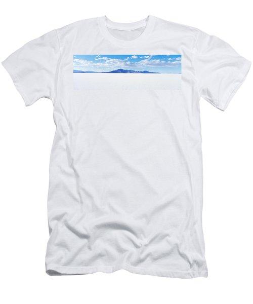 Bonneville Salt Flats, Utah, Usa Men's T-Shirt (Athletic Fit)