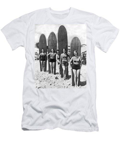 California Surfer Girls Men's T-Shirt (Athletic Fit)