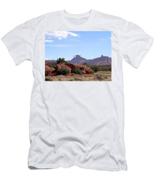 Castle Valley Men's T-Shirt (Athletic Fit)