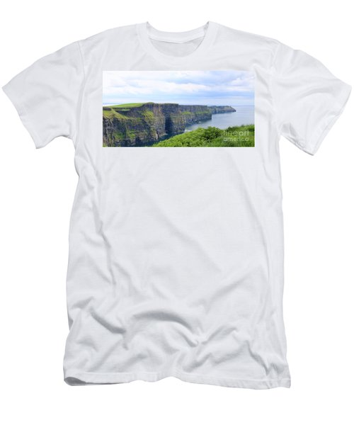Cliffs Of Moher Panorama 3 Men's T-Shirt (Athletic Fit)