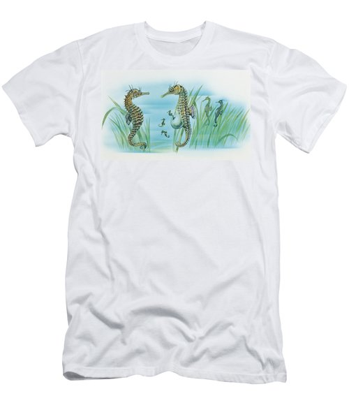 Close-up Of A Male Sea Horse Expelling Young Sea Horses Men's T-Shirt (Athletic Fit)