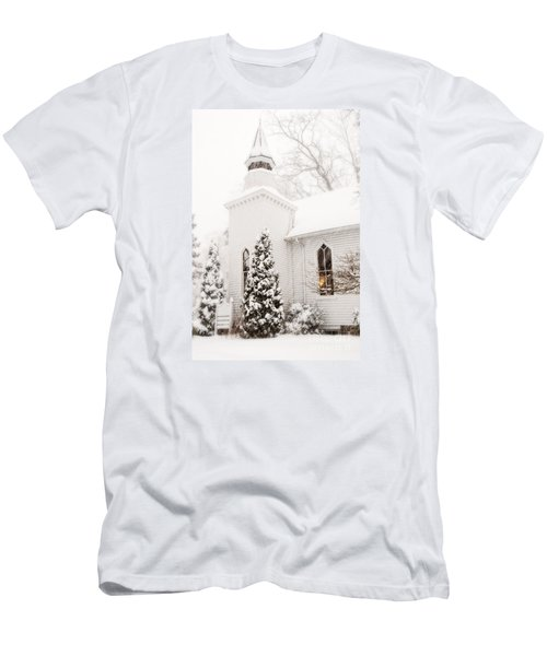 Men's T-Shirt (Slim Fit) featuring the photograph White Christmas In Maryland Usa by Vizual Studio