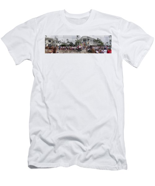 Coronado Fourth Of July Parade Men's T-Shirt (Athletic Fit)