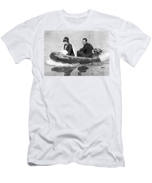 Couple Out In A Rubber Raft Men's T-Shirt (Athletic Fit)