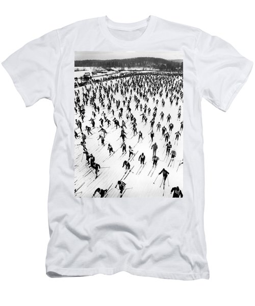 Cross Country Ski Race Men's T-Shirt (Athletic Fit)