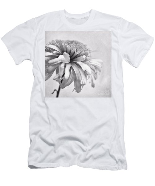 Dainty Daisy Men's T-Shirt (Athletic Fit)