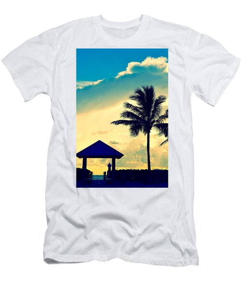 Dawn Beach Pyramid Men's T-Shirt (Athletic Fit)