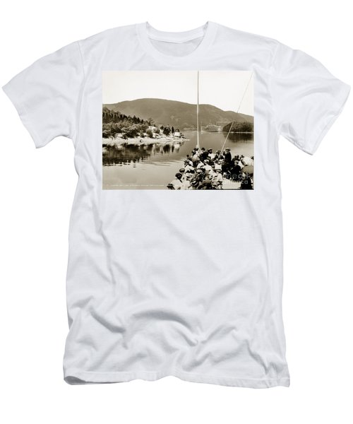 Dayliner At The Narrows In Sepia Tone Men's T-Shirt (Athletic Fit)
