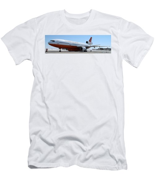 Dc-10 Air Tanker At Rapid City Men's T-Shirt (Athletic Fit)