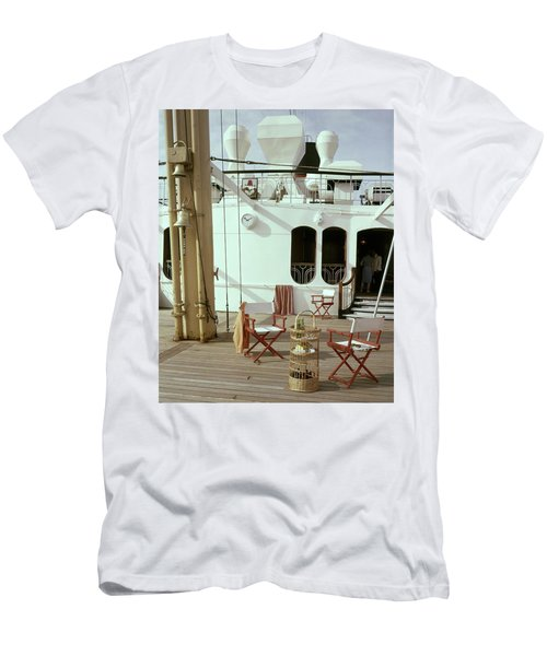 Directors Chairs In Front Of The Ship The Queen Men's T-Shirt (Athletic Fit)