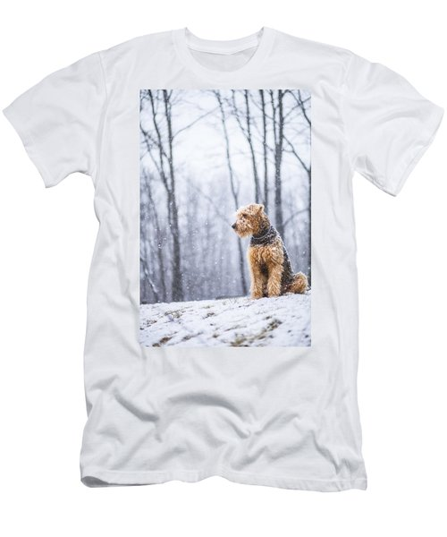 Dog Sits Under The Snowfall Men's T-Shirt (Athletic Fit)