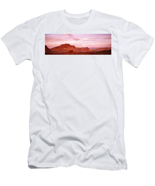 Dusk Panorama Point Capital Reef Men's T-Shirt (Athletic Fit)