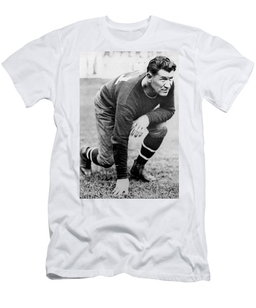 Football Player Jim Thorpe Men's T-Shirt (Athletic Fit)
