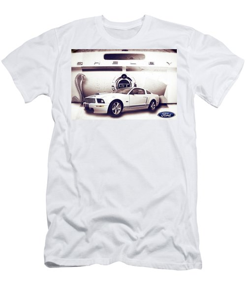 Ford Mustang Shelby Gt  Men's T-Shirt (Athletic Fit)