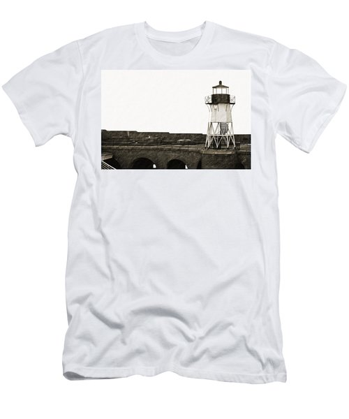 Fort Point Lighthouse Men's T-Shirt (Slim Fit)