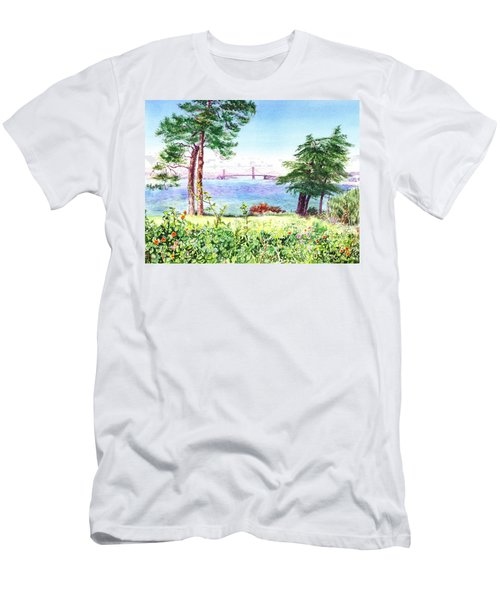 Golden Gate Bridge View From Lincoln Park San Francisco Men's T-Shirt (Athletic Fit)