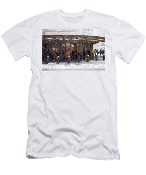 Grand Central Terminal Snow Color Men's T-Shirt (Athletic Fit)