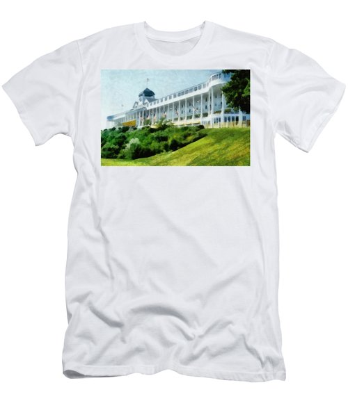 Grand Hotel Mackinac Island Ll Men's T-Shirt (Athletic Fit)