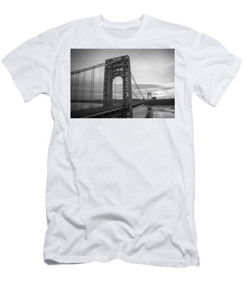 Gw Bridge Winter Sunrise Men's T-Shirt (Athletic Fit)