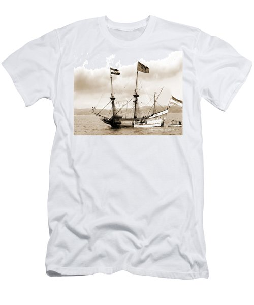 Half Moon Re-entered Hudson River After An Absence Of 300 Years In Sepia Tone Men's T-Shirt (Athletic Fit)