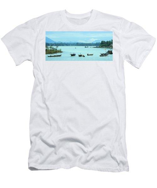 Hoi An Dawn 03 Men's T-Shirt (Athletic Fit)
