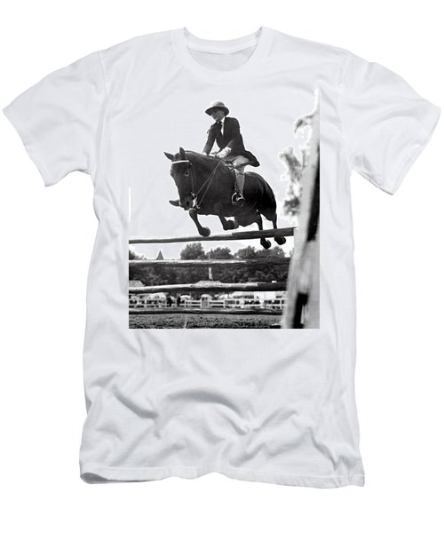 Horse Show Jump Men's T-Shirt (Athletic Fit)