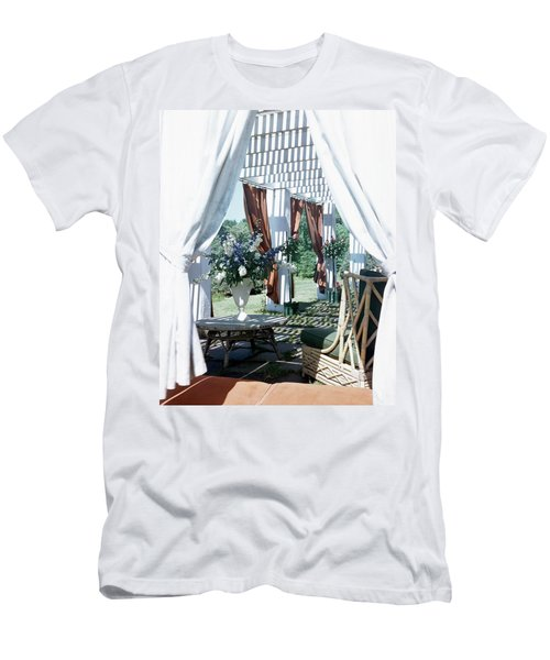 Horst's Patio In Long Island Men's T-Shirt (Athletic Fit)