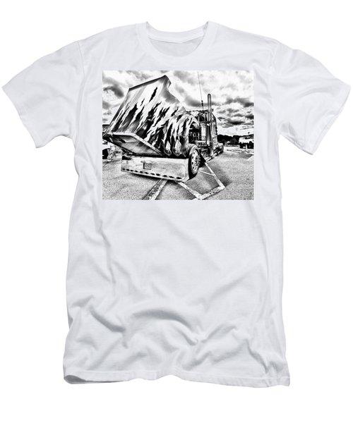 Kenworth Rig Men's T-Shirt (Slim Fit)
