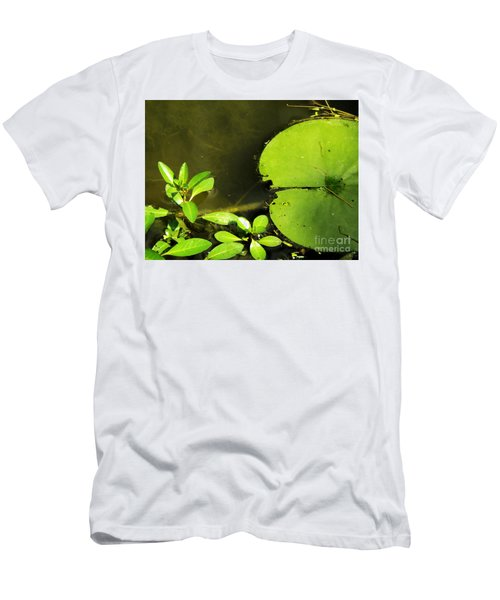 Lily Pad Men's T-Shirt (Athletic Fit)