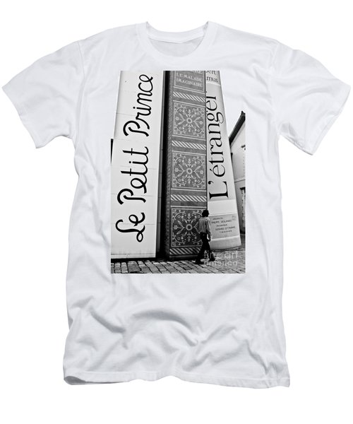 Little Prince And L'etranger Men's T-Shirt (Athletic Fit)