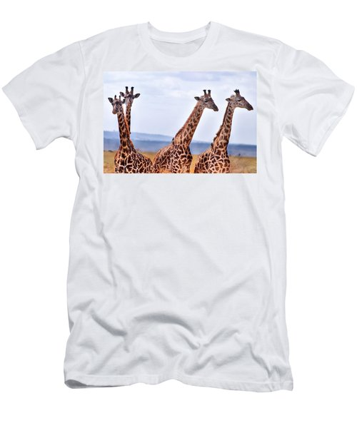 Masai Giraffe Men's T-Shirt (Athletic Fit)