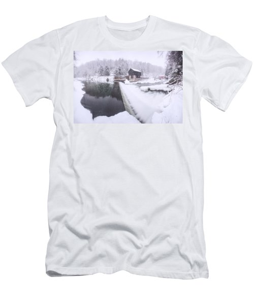 Mcconnell's Mill Winter  Men's T-Shirt (Athletic Fit)