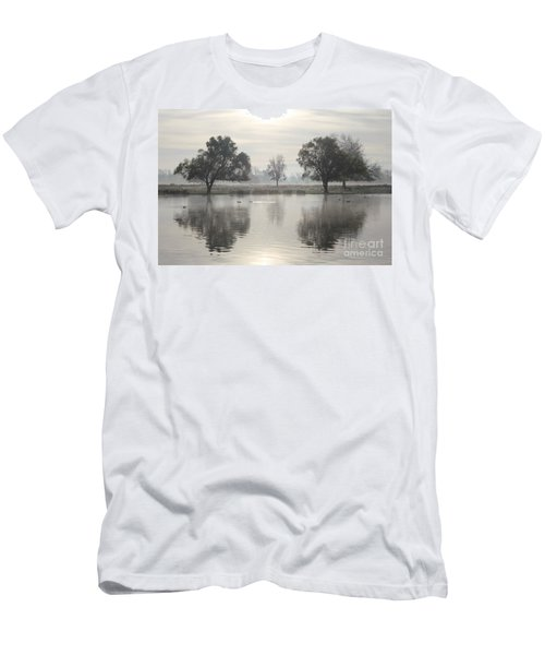 Misty Morning In Bushy Park London 2 Men's T-Shirt (Athletic Fit)