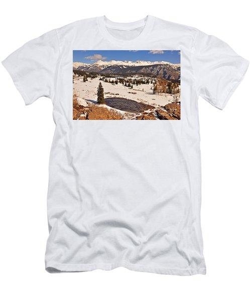Molas Pass Winter Men's T-Shirt (Athletic Fit)