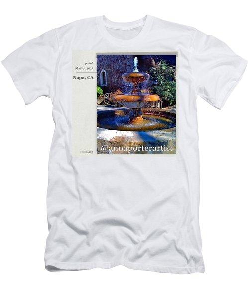 Napa California Fountain Men's T-Shirt (Athletic Fit)