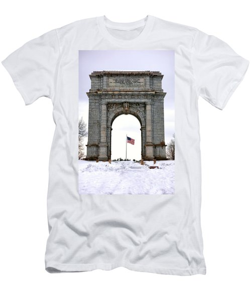 National Memorial Arch Men's T-Shirt (Athletic Fit)