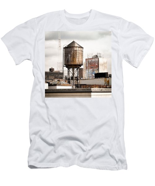 New York Water Tower 16 Men's T-Shirt (Athletic Fit)