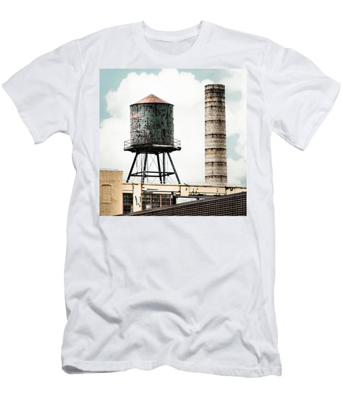 Water Tower And Smokestack In Brooklyn New York - New York Water Tower 12 Men's T-Shirt (Athletic Fit)