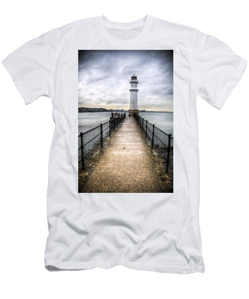 Newhaven Lighthouse Men's T-Shirt (Athletic Fit)