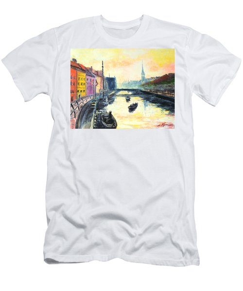 Old Copenhagen Men's T-Shirt (Athletic Fit)