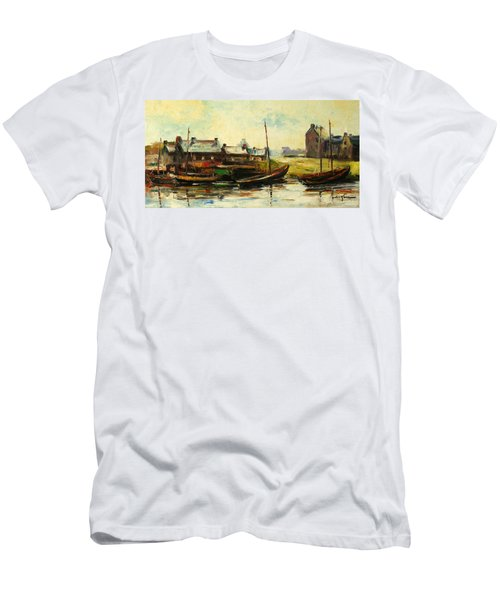 Old Fisherman's Village Men's T-Shirt (Athletic Fit)