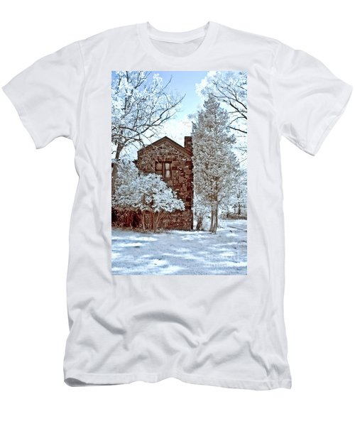 Old Stone House Men's T-Shirt (Athletic Fit)